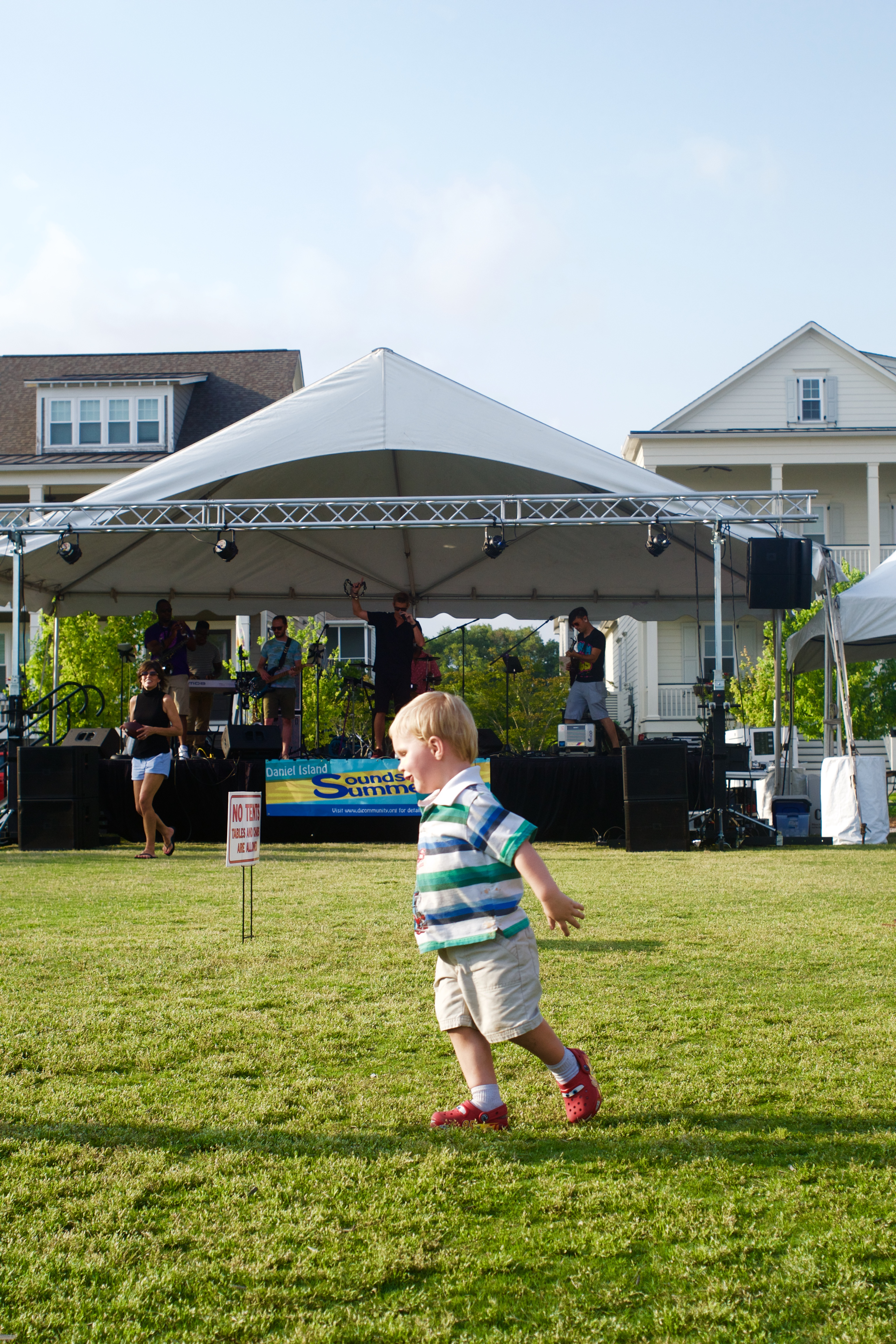 A young concert-goer gets his groove on!