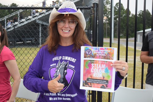 Mothers of PSHS students were selling t-shirts and promoting the upcoming Philip Simmons Elementary Steam Color Run.