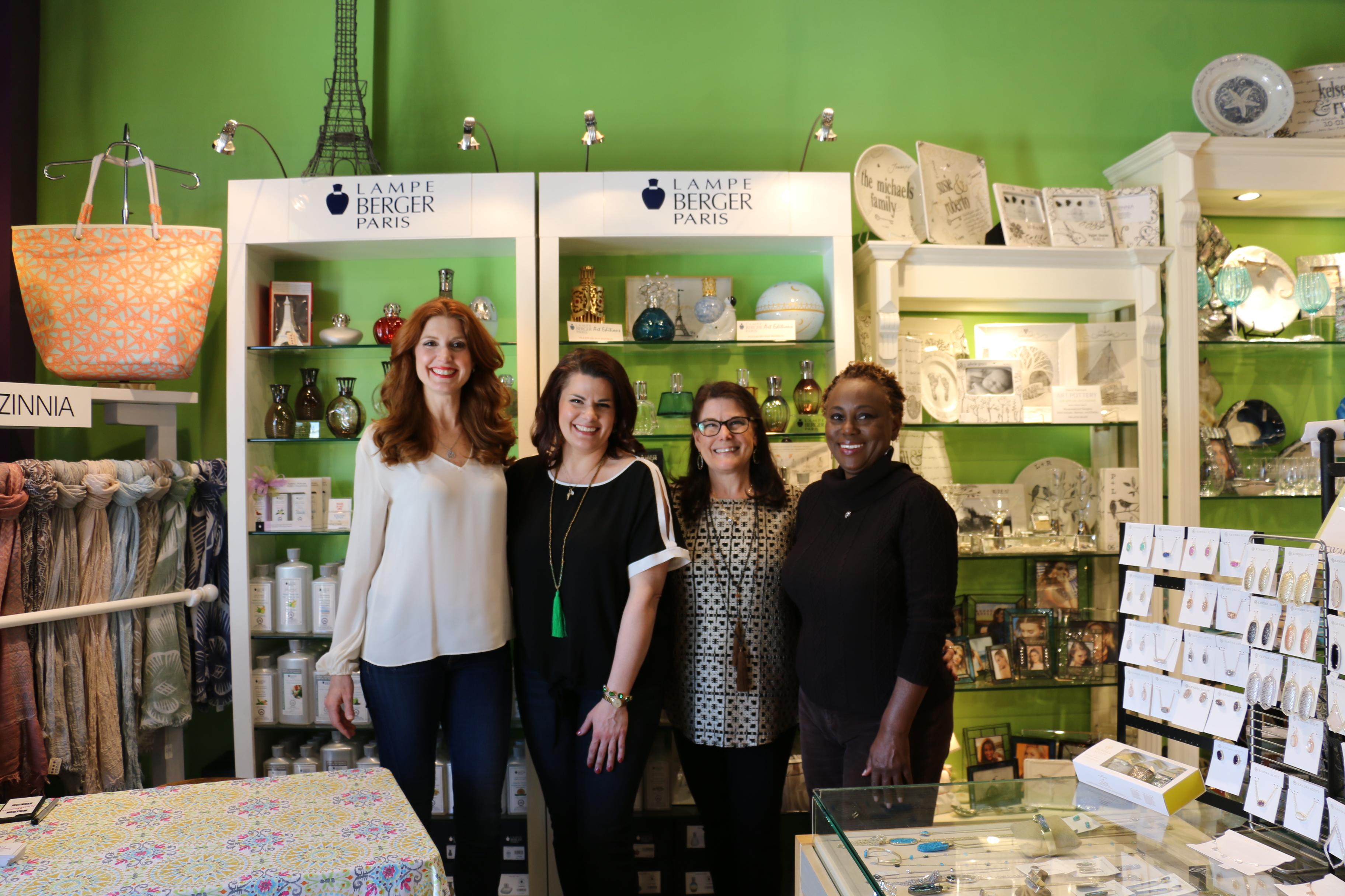 Julia Fowler, Kelly Wischerath, Terri Wischerath and Queen Johnson.