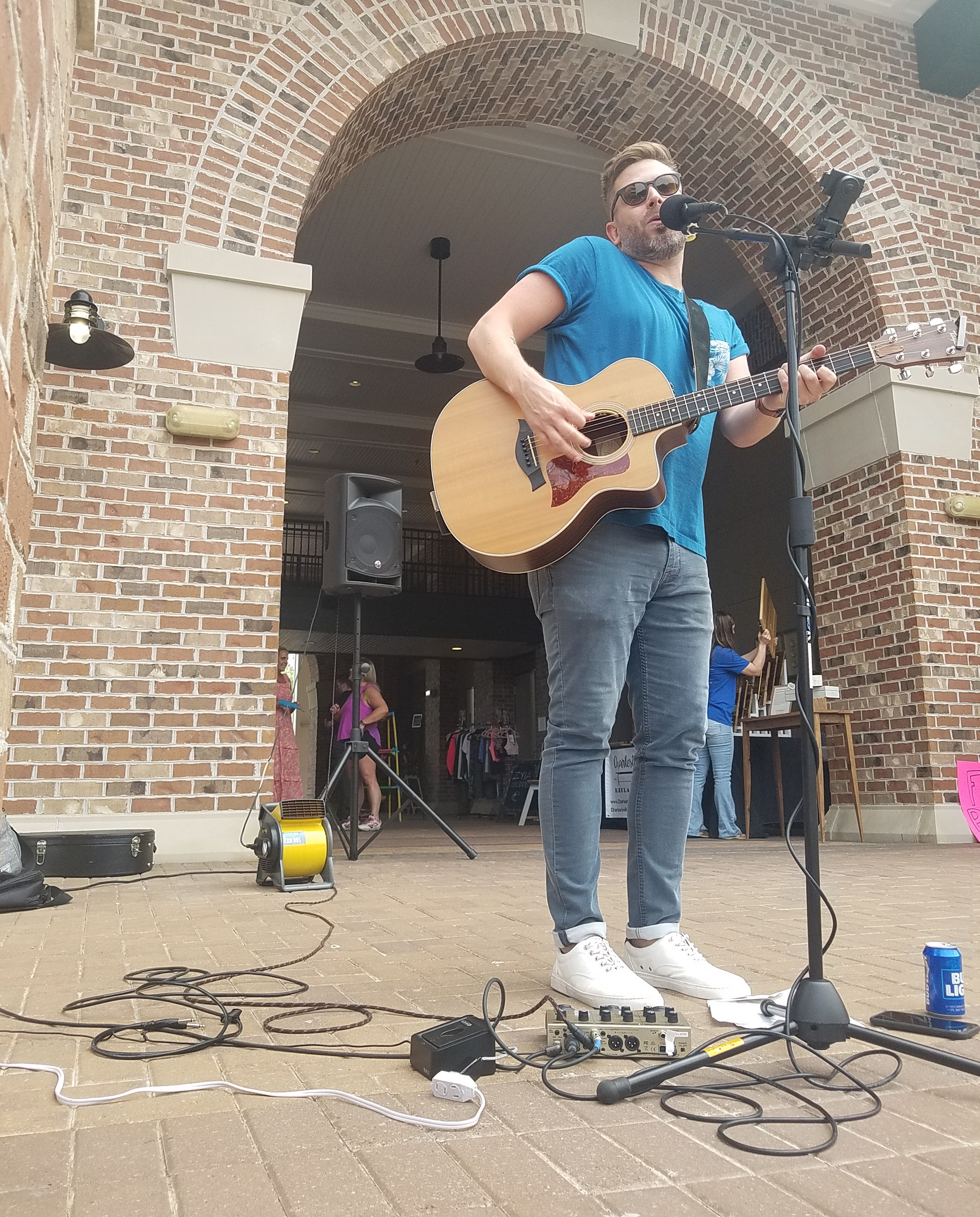 Suzanne Detar - Bennett Colemen entertained the crowd with his musical talents.