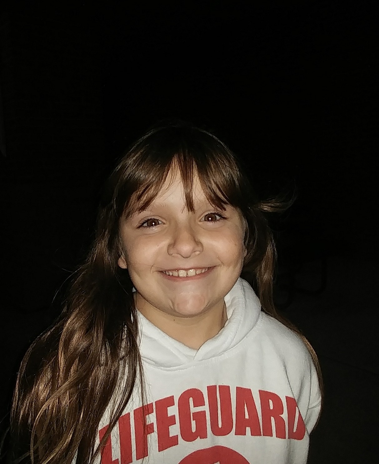 I would like to receive the gift of giving blankets and food to homeless people.  Molly  Age 9